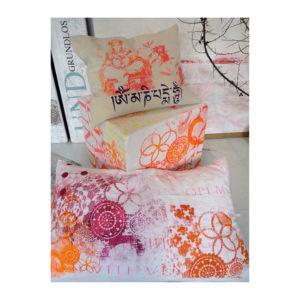 Cushions: Cushion Neon